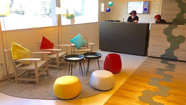 reception dell'hotel Ibis style di barcellona